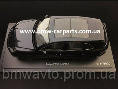 Модель автомобіля Porsche Cayenne Turbo, Moonlight Blue Metalllic, Limited Edition, Scale 1:18, фото 3
