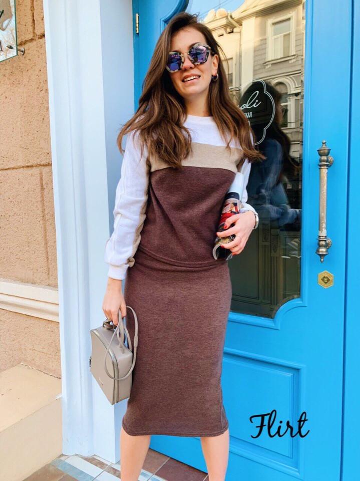 Ангоровый женский юбочный костюм 36st976