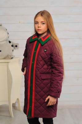 Стеганное демисезонное пальто для девочки