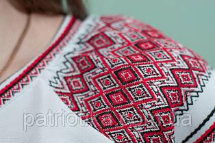 Женская вышиванка с красным орнаментом | Жіноча вишиванка з червоним орнаментом, фото 2