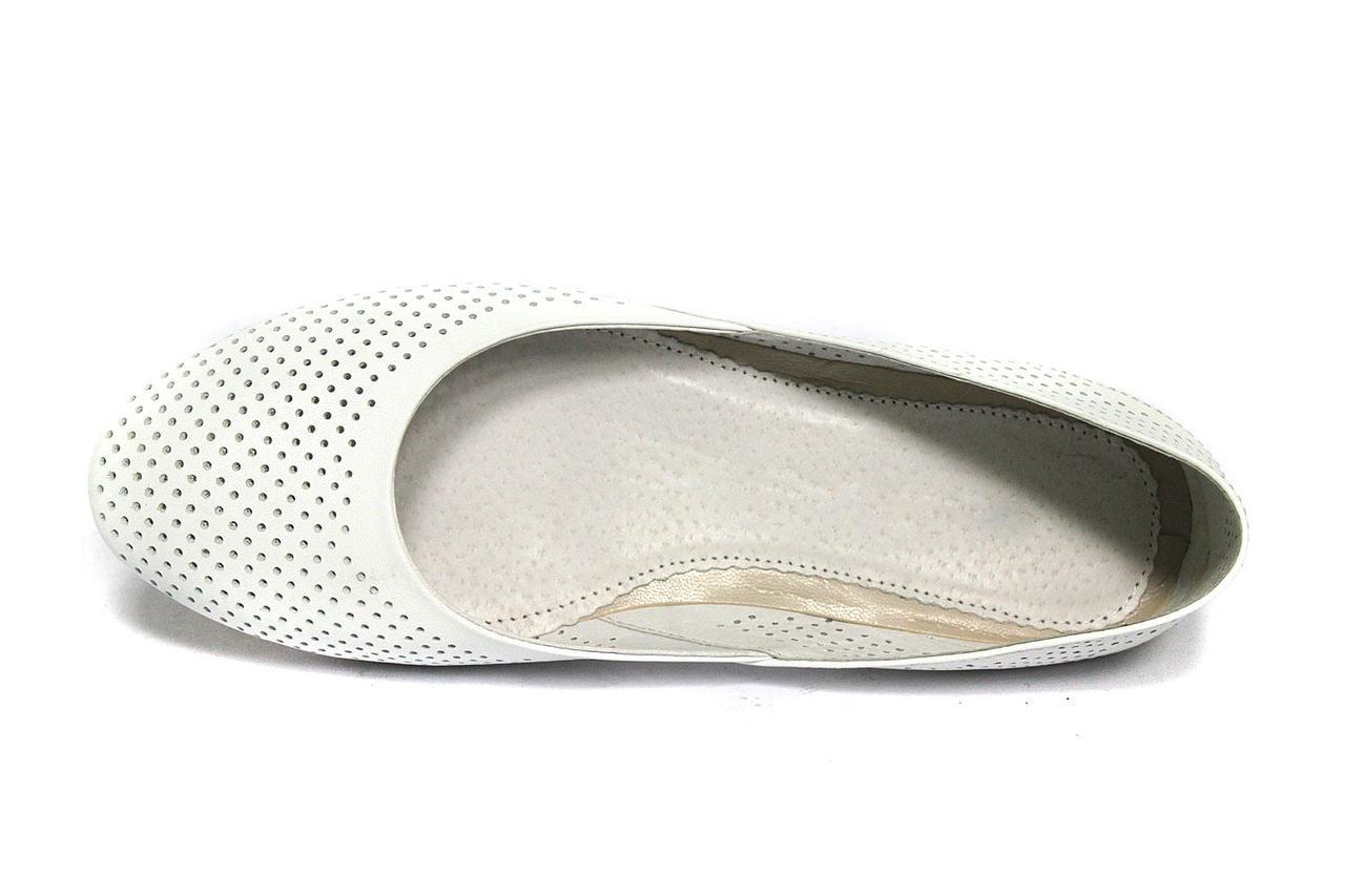 Большой размер балетки женские кожаные Scara U White Perf Leather by Rosso Avangard BS цвет летние
