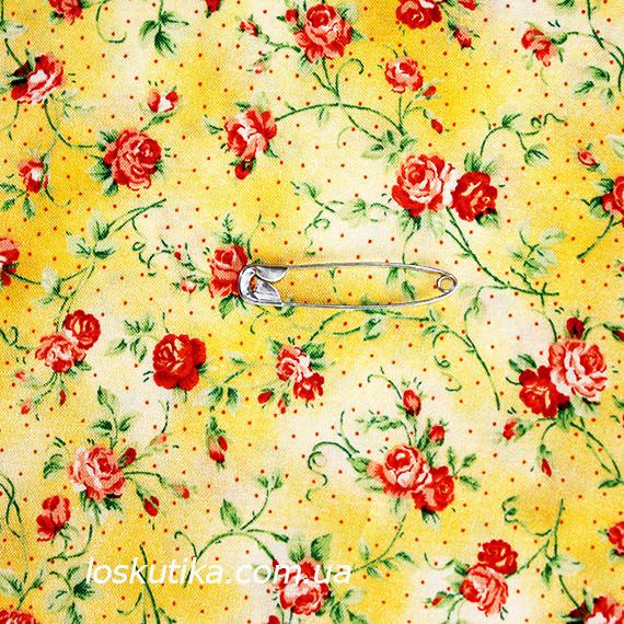 44010 Кроха-роза (фон неоднородный желтый). Ткани с мелкими цветочками для кукол, рукоделия, декора и шитья.