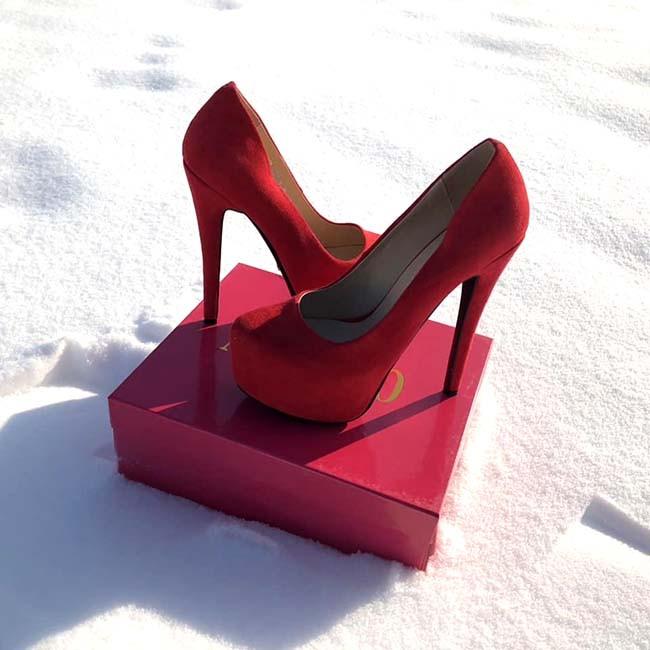Женские туфли Louboutin красные черные KF0065 - Обутик в Харькове 2b41497cfe99b