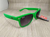 Солнцезащитные очки Ray Ban Wayfarer - зеленые