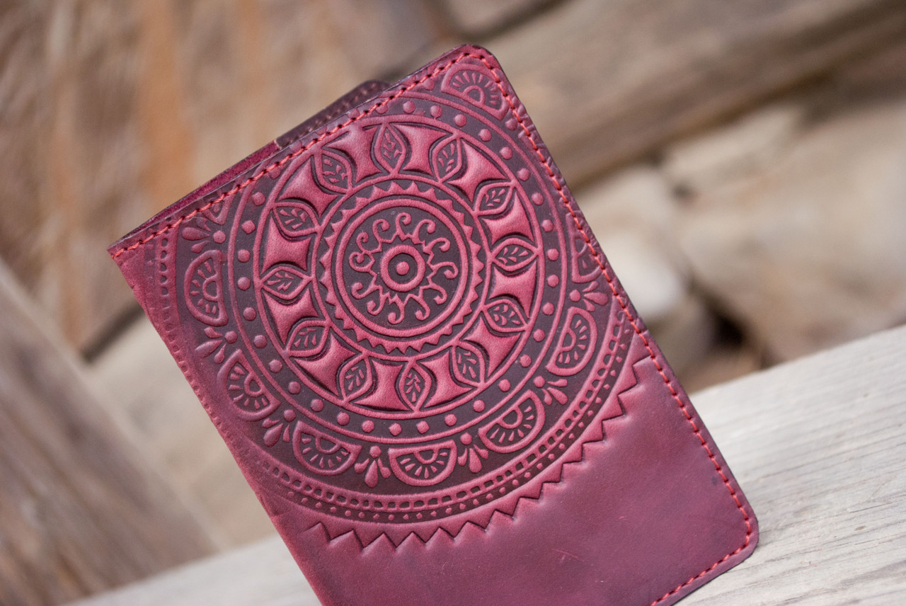 Обложка на паспорт или загранпаспорт кожаная