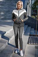 Женский спортивный костюм с капюшоном серый
