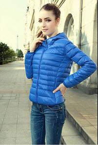 Куртки , ветровки женские