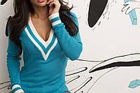 Голубой теплый женский вязаный свитер с V-воротом на длинный рукав. Арт - 7776/93