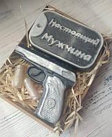 """Набор подарочный мыло ручной работы """"Жетон и пистолет Макарова"""""""