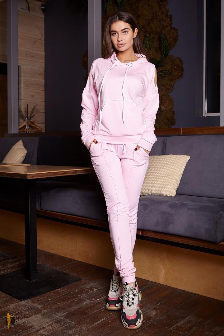 Стильный костюм с манжетами выполнен из двухнитки. Размер: С,М. Цвета разные (2156)