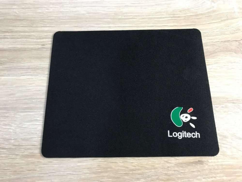 Коврик для мышки Logitech (18х22)