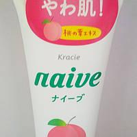 Пенка для умывания с экстрактом персика Kracie Naive Peach leaf cleansing foam, 130 г, фото 1