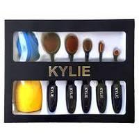 Набір кистей - щіток для макіяжу Kylie 5 шт і 2 спонжа