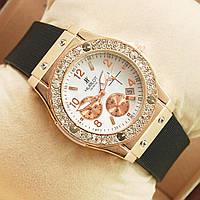 Часы женские Hublot белые с золотом