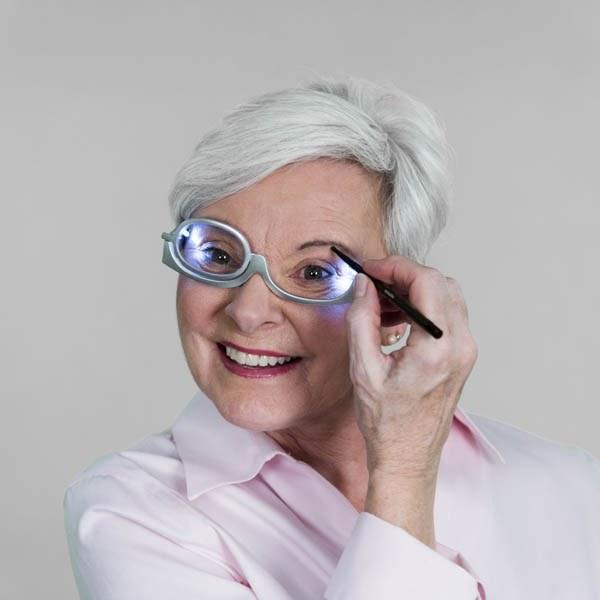 Очки для нанесения макияжа с одной линзой EZ Makeup Glasses
