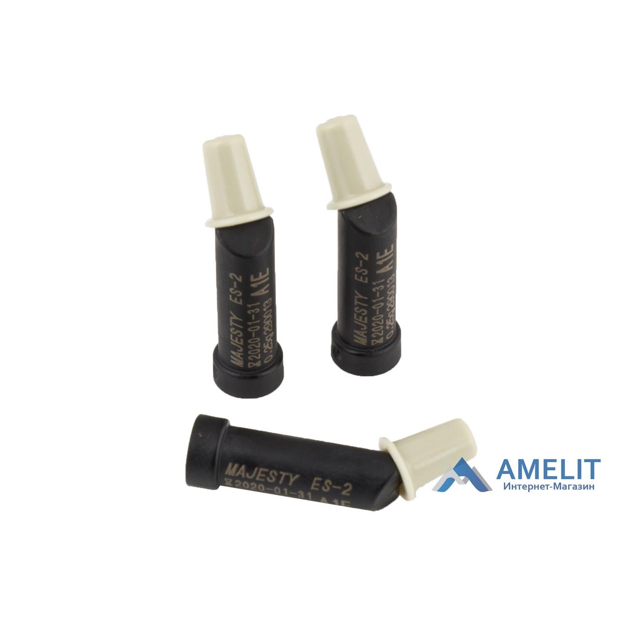 Клирфил Меджести ЄС-2 Преміум (Clearfil Majesty ES-2 Premium, Kuraray Noritake Dental Inc.), канюля 0,25 г