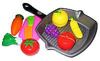 Набор разрезные овощи и фрукты 3016C на липучке 10 предметов в сетке
