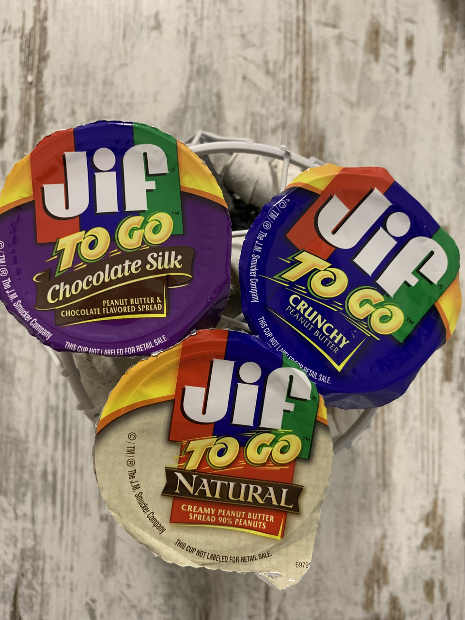 Арахисовая паста в мини-упаковках JIF to go набор из трех