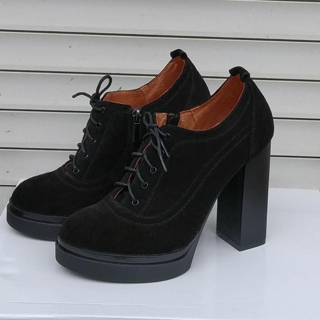Ботильоны женские на высоком каблуке замшевые черные