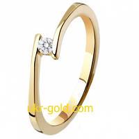 Золотое кольцо с бриллиантом классическое.