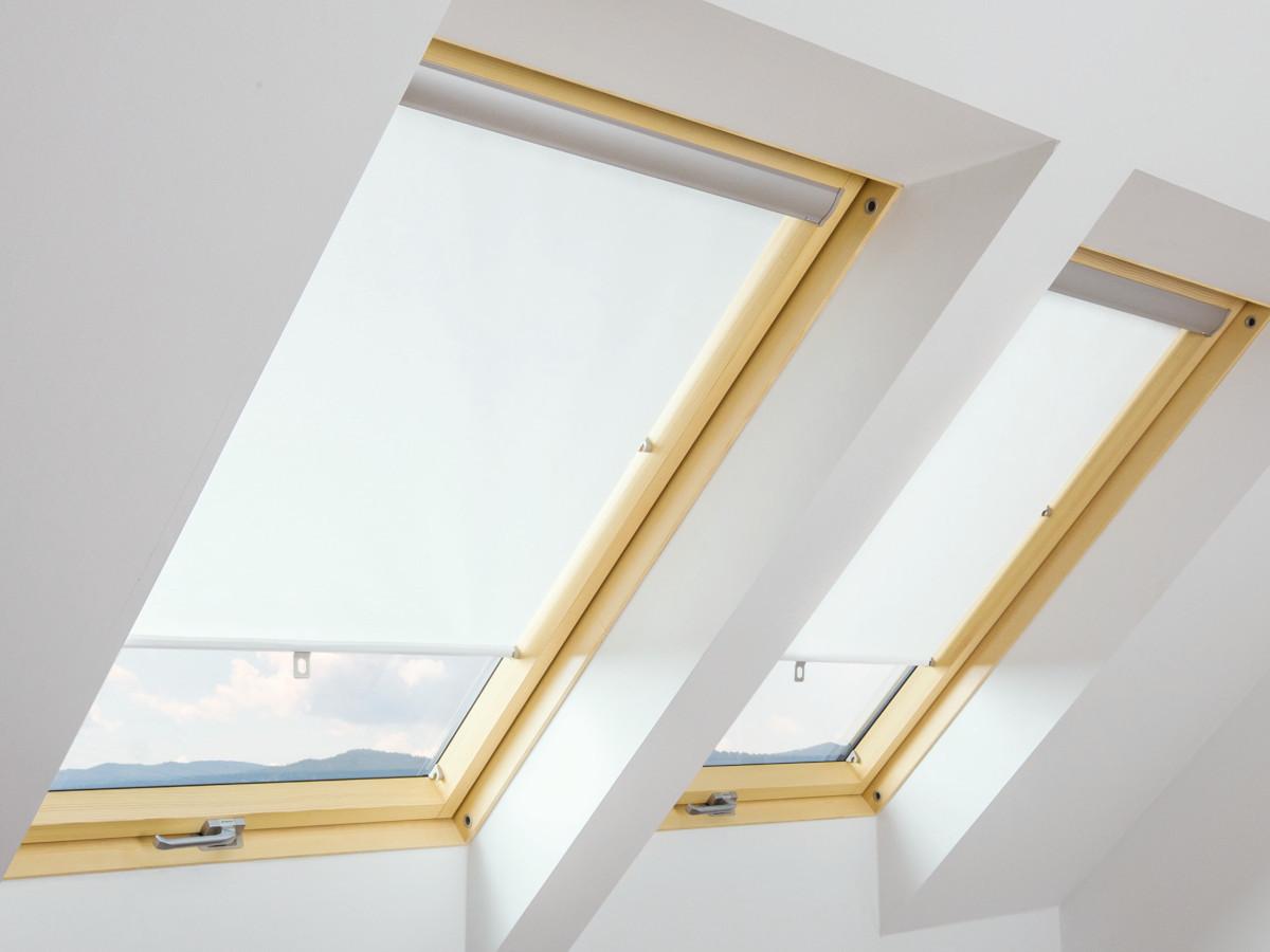 Штора FAKRO ARS на гачках для мансардних вікон штори Факро АРС шторы Fakro