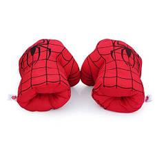Огромные мягкие перчатки в виде кулаков Человека Паука. Перчатки красные, фото 3