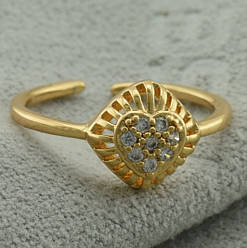 Кольцо Xuping детское 11309 размер 14 ширина 8 мм вес 1.0 г белые фианиты позолота 18К
