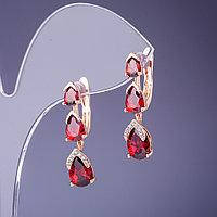 Серьги с красными, розовыми камнями
