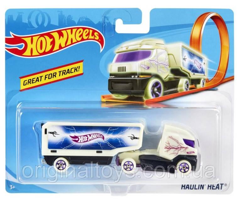 Вантажівка-трейлер Hot Wheels Haulin Heat BFM60