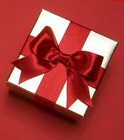 Подарочная коробочка для ювелирного украшения