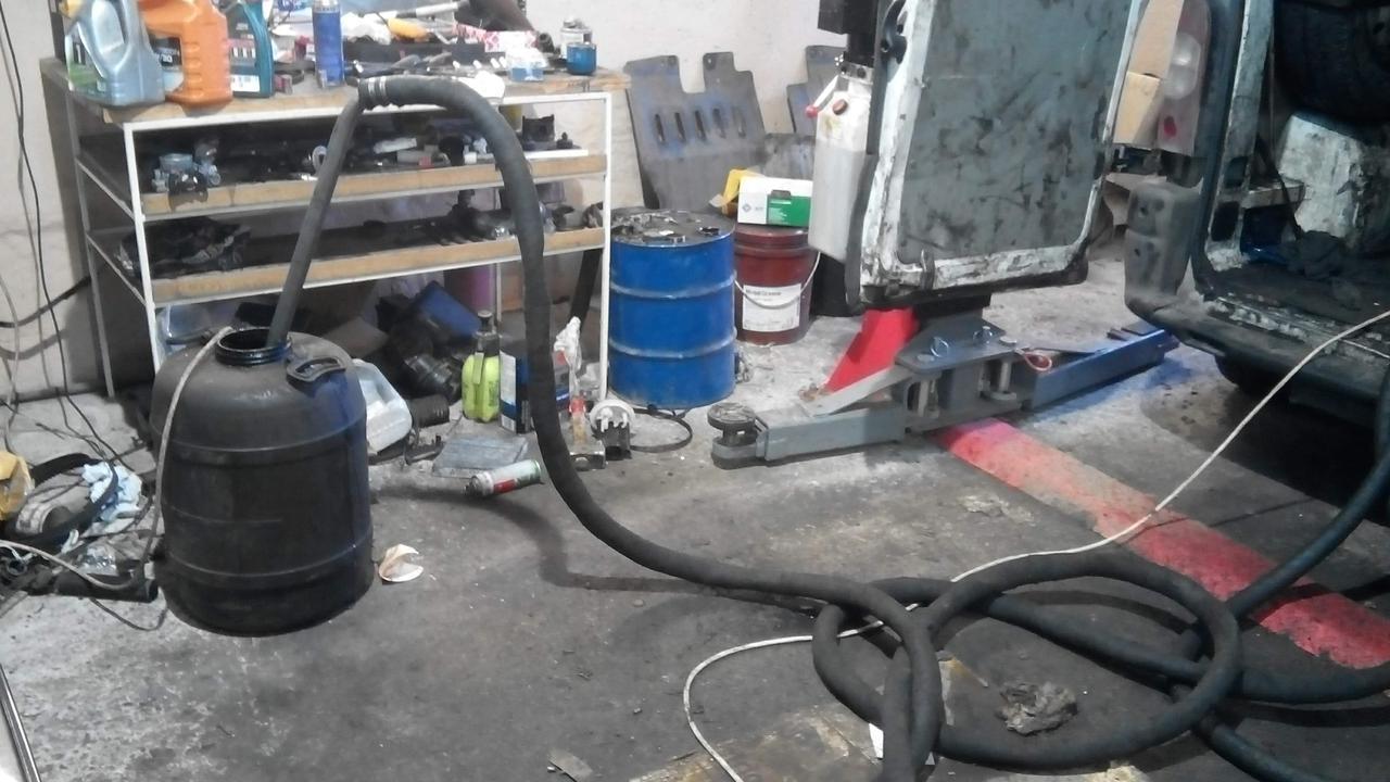 Окажем услугу по вывозу отработанного масла, отработку моторного масла Киев