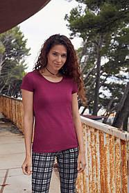 М'яка, щільна жіноча футболка 61-424-0