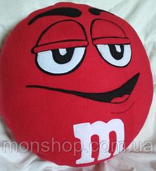 Подушка M&M красный (45 см)