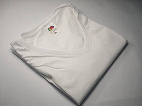 Жіноча футболка з V-подібним вирізом 61-398-0 Футболка, M, Без малюнків і написів, Приталений, V-подібний, Білий