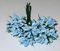 Веточки тычинок с листиками, голубые