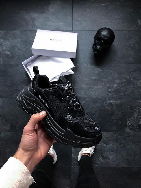Мужские кроссовки Balenciaga Triple S Black многослойная подошва (Реплика ААА+)