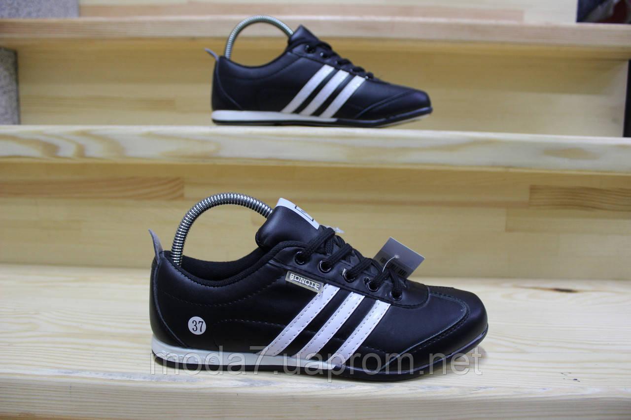 Женские подростковые кроссовки Adidas черные реплика