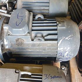 Электродвигатель АИР  2.2 на 1000 лапа/фланец