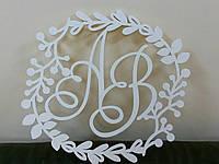 Монограмма на свадьбу из дерева