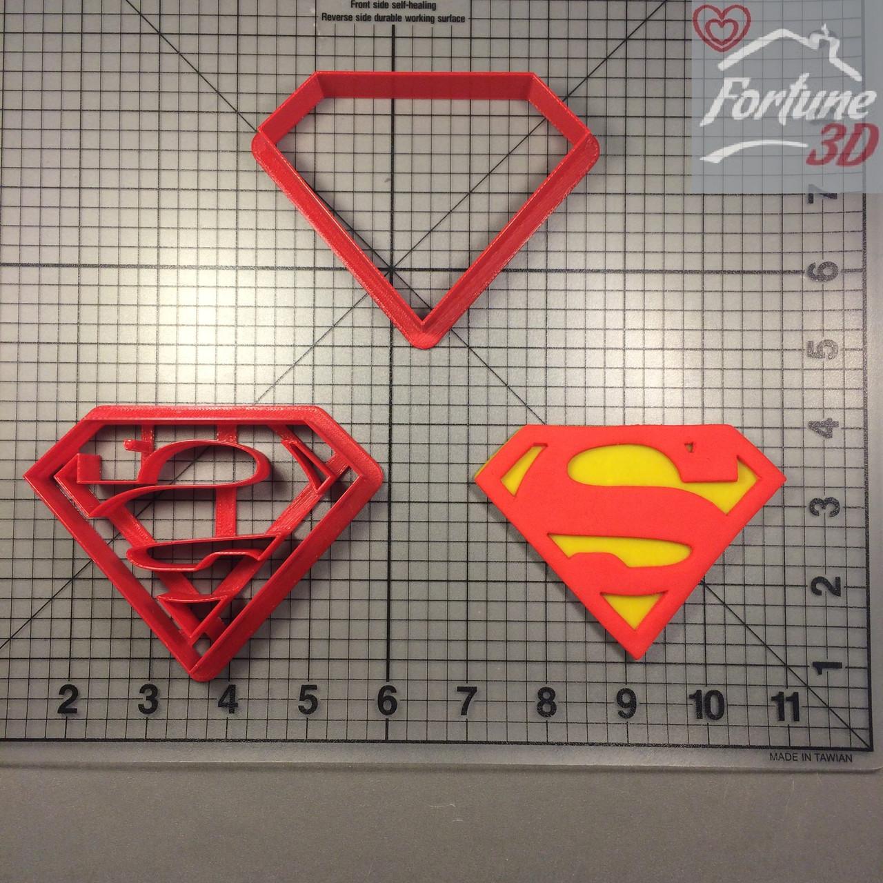 Вырубка Супермен. Super-man cutter. Каттер-вырубка. Пластиковые вырубки. Вырубка под заказ