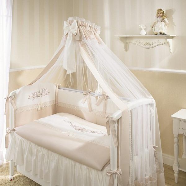 Набор в детскую кровать