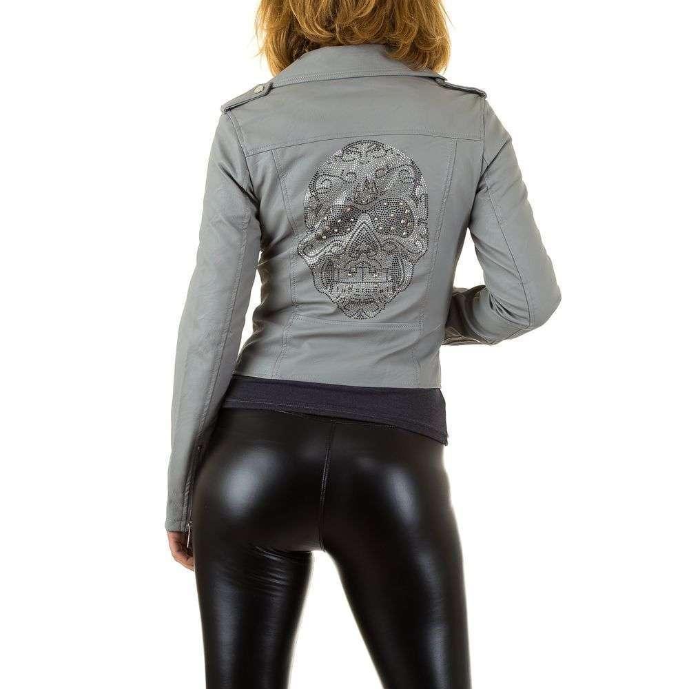 Куртка из кожзама с вышивкой на спине женская  (Европа), Серый