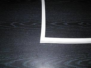 Уплотнитель двери холодильника Snaige CD 350  однодверный V372.105-00