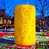 """Восковая свеча """"Средняя с васильками"""" из натурального пчелиного воска, фото 2"""