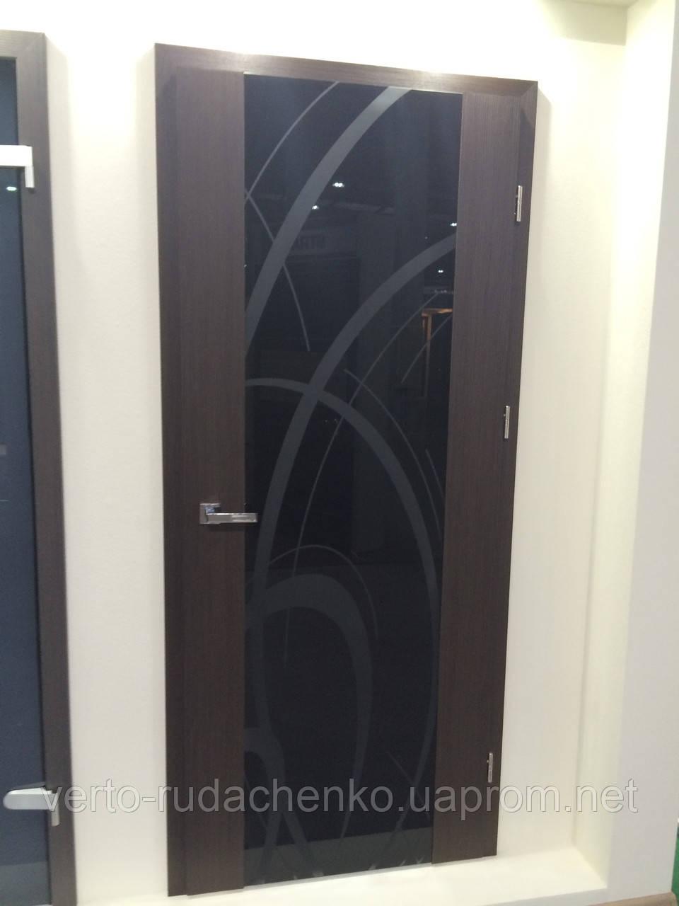 Двери Verto Элегант 6 цвет Дуб темный  «Резист» со стеклом Триплекс черный