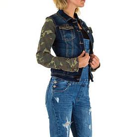 Джинсовая куртка с камуфляжными рукавами женская Mozzaar (Европа), Синий
