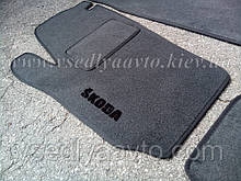 Водительский ворсовый коврик SKODA Roomster