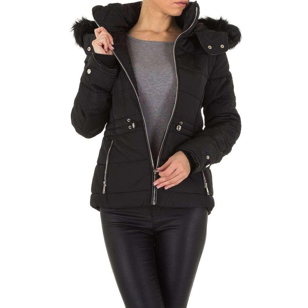 Куртка женская на синтепоне с капюшоном Emmash (Франция), Черный