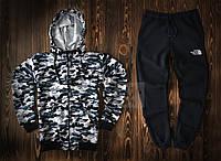 Спортивный костюм The North Face камуфляжного и черного цвета (люкс копия)