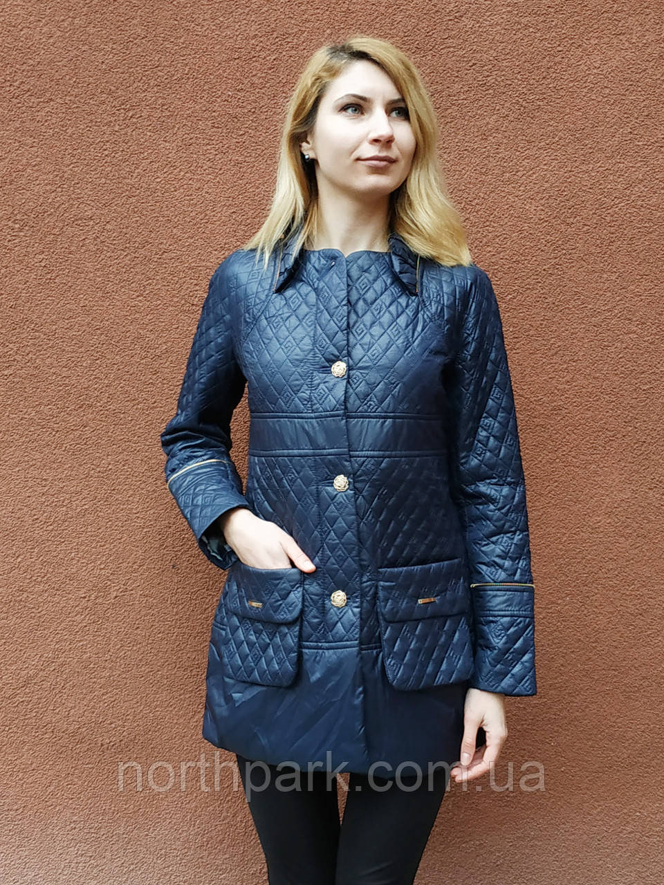Женская весенняя приталенная куртка, темно-синяя